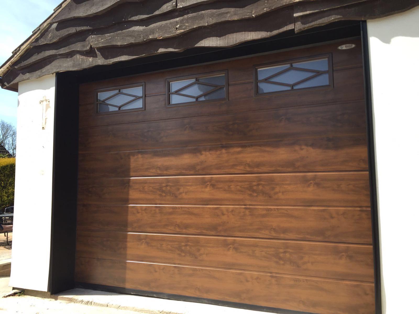 Golden Oak Centre Ribbed With Rhombus Mullion Windows